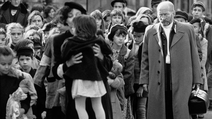 Fotos do filmu Korczak