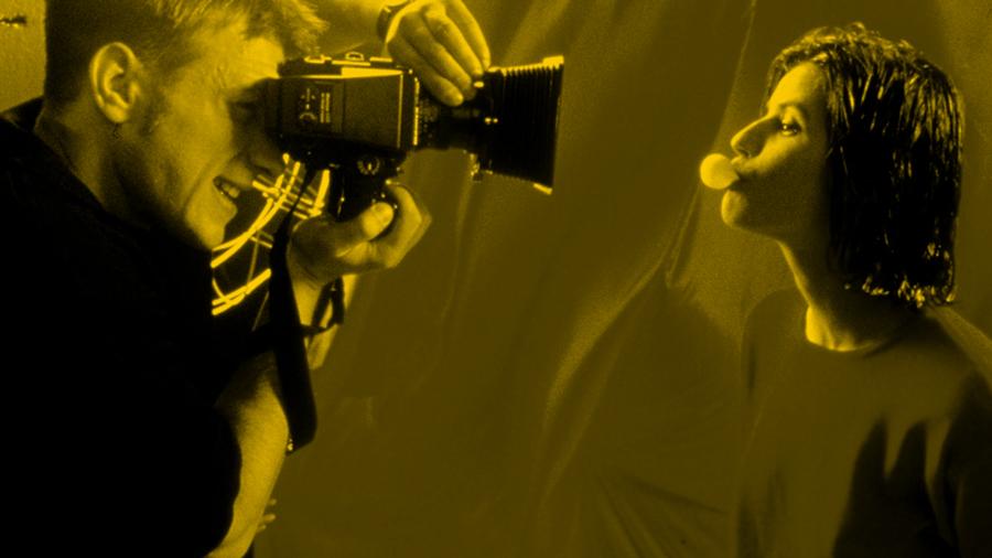 Fotos do filmu Trzy kolory. Czerwony