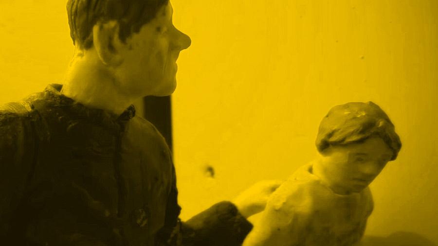 Fotos z filmu Zabawa w chowanego